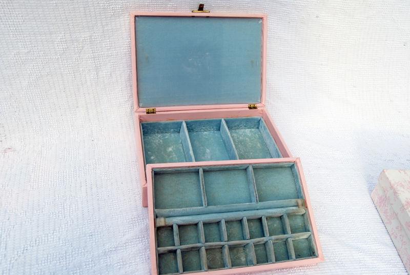 Ebay pin jewelry box2 resized
