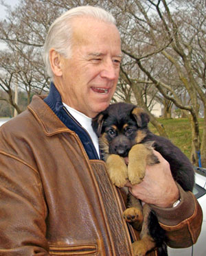 Joe_biden_puppy