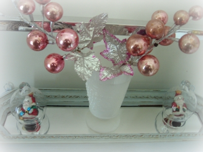 Bathroom_christmas_bling