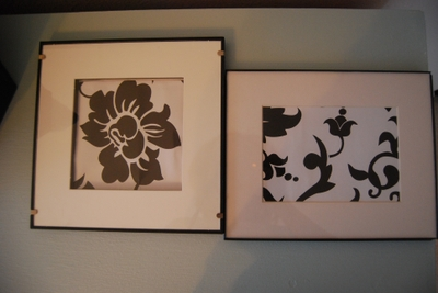 Picture_frames_black_and_white